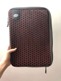 "13"" timbuk2 laptop/tablet pouch"