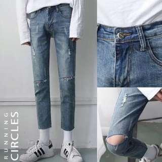 🚚 ᕕ韓風膝蓋破洞淺藍牛仔褲ᕗ