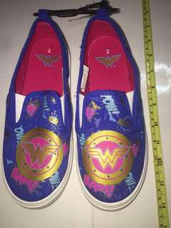 DC comics Wonder Woman canvas shoes ( US size 2 )
