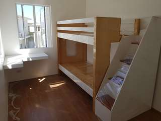 Bunkbed with box stairs