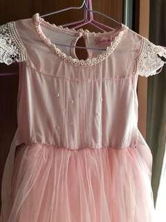 Nice lace dress 110 & 140