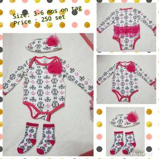 Preloved Onesies Set