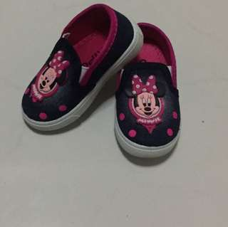 Minnie mouse shoe