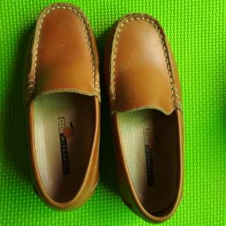 Pre-loved Florsheim Brown Loafers