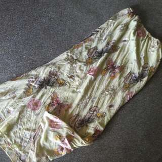 Skirt Labuh