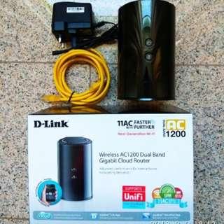 D-link  AC 1200 dual band gigabit cloud router