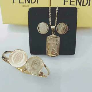 Fendi Jewelry Set COD #001