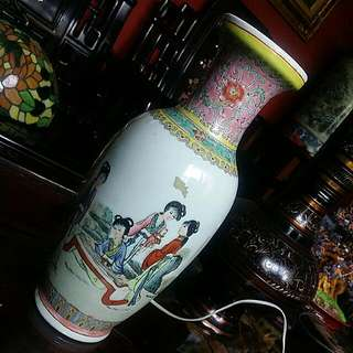 Chinese Antique Vintage Handpainted Vase