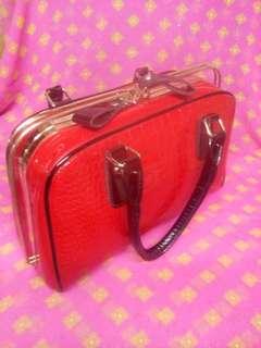Red hardcase Bag