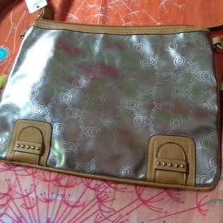Sale!! Brandnew XOXO hugs and kisses hand bag