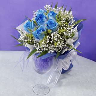 [FREE DELIVERY] 6 Blue Roses Hand-bouquet (006-BU)