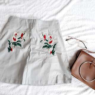Gray blue skirt embroidered