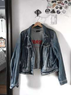Denim Jacket l American Eagle Outfitters