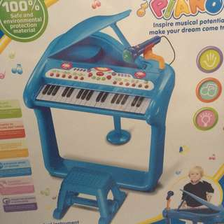 Blue Electronic Piano for young children