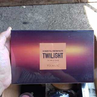 NEW focallure eyeshadow TWILIGHT 18 warna