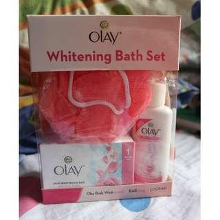 OLAY Bath Set
