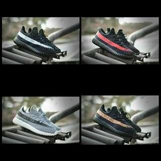 Sepatu pria sport yezzy
