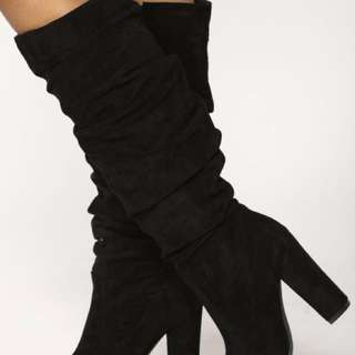 Brand new Scrunched up faux suede boots fashion nova