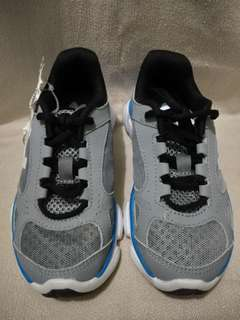 Under Armour Shoes (REPRICED from 1500)