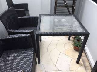 Outdoor table & chairs