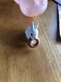 🚚 貪吃鬼動物  扭蛋 兔子甜甜圈