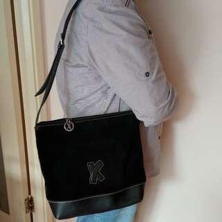 Paloma Picasso 猄皮夾真皮背包
