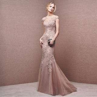 👭 Blush Pink Lace Mermaid Dress (RENTAL)