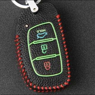 Hyundai Type B Car Key Leather Pouch w/glow