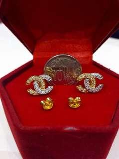 916 Gold CC Stud Earrings