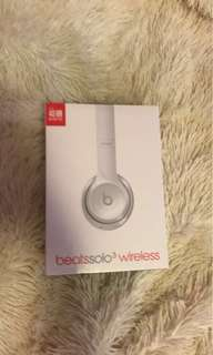 PRICE DROP!!! -Beats solo wireless SEALED-