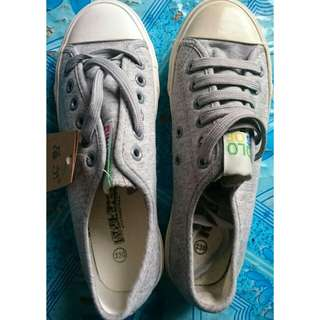ONHAND Gray Sneakers
