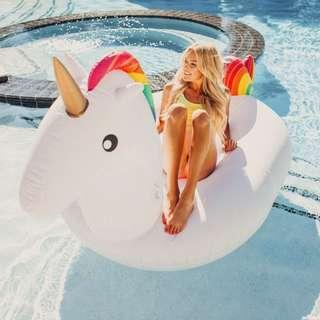 Giant Unicorn Pool Float (275cm x 140cm x 120cm)