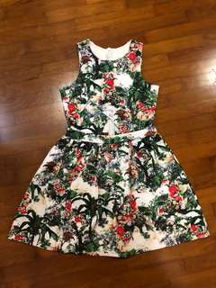 Floral dress with triangle cut out