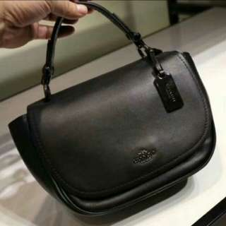 COACH PEBBLE GENUINE LEATHER BLACK COLOR ONLY