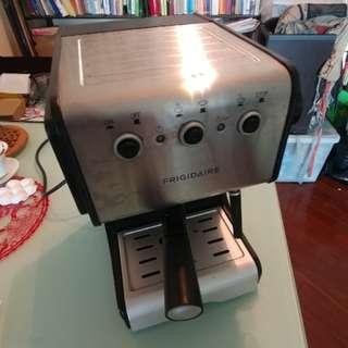 Espresso 打奶小型入門咖啡機