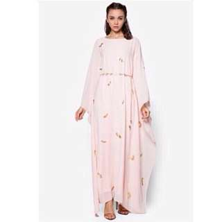 👭 ZALIA GOLD FOIL FEATHER PINK KAFTAN DRESS (RENTAL)