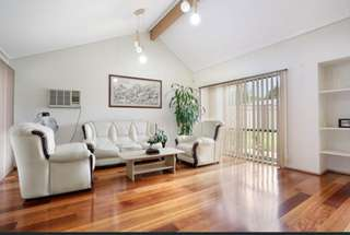 Enjoy this low maintenance,relaxed single level living in this ever growing suburb.