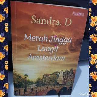Novel Amore Merah Jingga Langit Amsterdam bhs indonesia