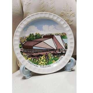 Vintage Graphic Porcelain Souvenir Plate