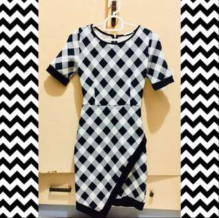 Sleek Black&White Dress