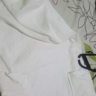 M)PHOSIS white dress cotton with pocket out side used but not abused SMALL sized stretchable if your medium super curved ngalng ng katawan mo pg suot mo to