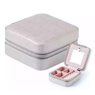 Portable Jewellery Box (PO)