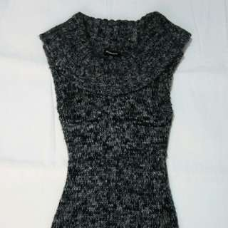 Seductions wool dress (black)