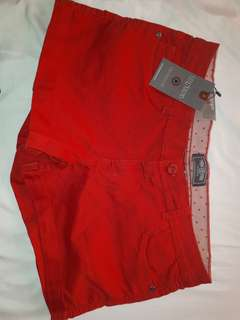 TRN red shorts size 34