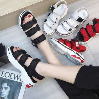 New summer sports sandals flat beach shoes Korean students Velcro stick flat with wild casual shoes