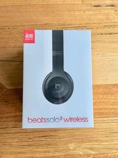 Beatssolo3 Wireless Headphones (Black)