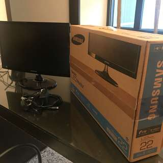 "Samsung LED Monitor 22"" CS350"