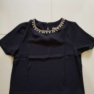 Necklace blouce - black