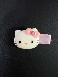 BN Hello Kitty Hairclip (light pink)
