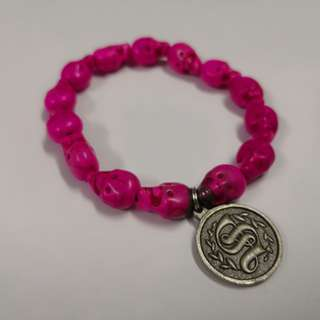 Beads Bracelet (pre-loved) skull head bracelet in pink